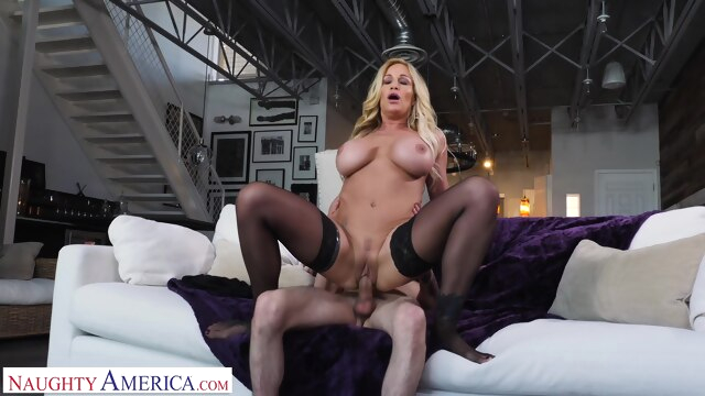 Tyler Faith fucks son's friend when.. big tits blonde creampie