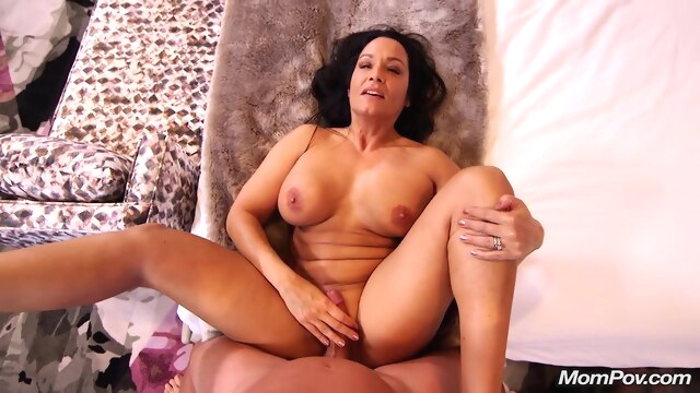 Busty milf is expecting a massive facial.. big tits brunette casting