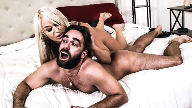 London River & Logan Pierce in Punching.. big ass big tits blonde