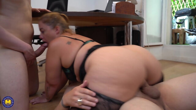 French Chubby Girl Jeny has DP in the.. anal blowjob hardcore