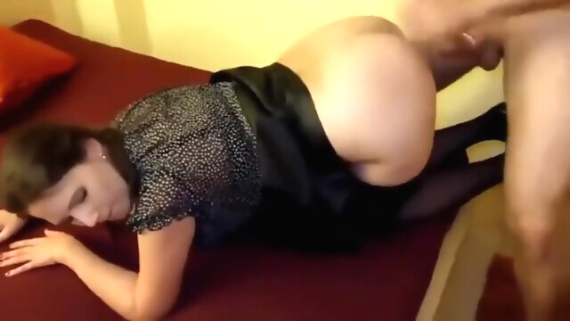 Stunningly Hot Amateur Cuckolding MILF.. amateur cuckold milf