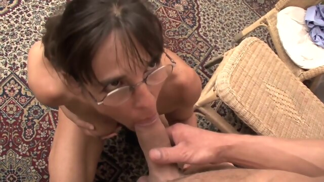 TuttiFrutti - Slutty Mom fisted by young.. fisting hd hungarian