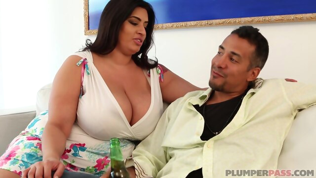 Sofia Rose in Big Tits N Tail bbw big tits brunette
