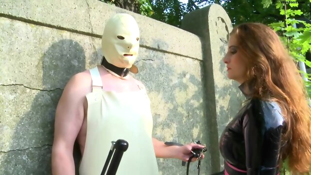 Lady Anna - final outdoor education bdsm femdom fetish