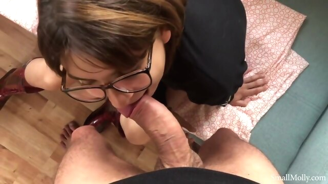 Longest Peeing you've ever seen with Ass.. amateur brunette cumshot