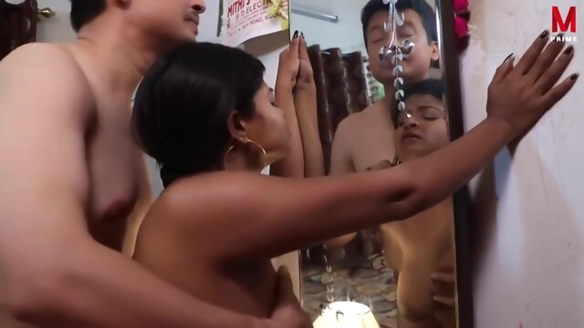 Indian Housewife Was Caught On Tape.. brunette cumshot hd