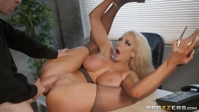 SNEAK PEEK of Nicolette Shea's FIRST.. amateur big ass big tits